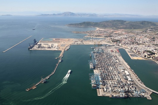 Un hub méditerranéen occidental (photo : Puerto de Algeciras)