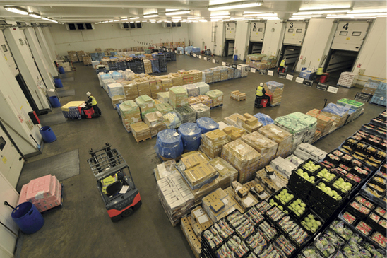 Spanish fruit and vegetables destined for British supermarkets and retailers.  (Photo Stobart)