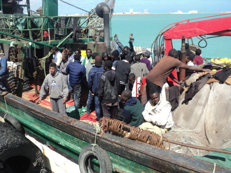 Miigrants secourus par la police tunisienne en 2015 au port de Zarzis (photo : IOM)