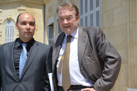 Constantin Tsakas et le professeur Jean-Louis Reiffers. (Photo N.B.C)