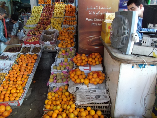 Magasin de fruits et légumes au Caire (photo Safia Ouared)
