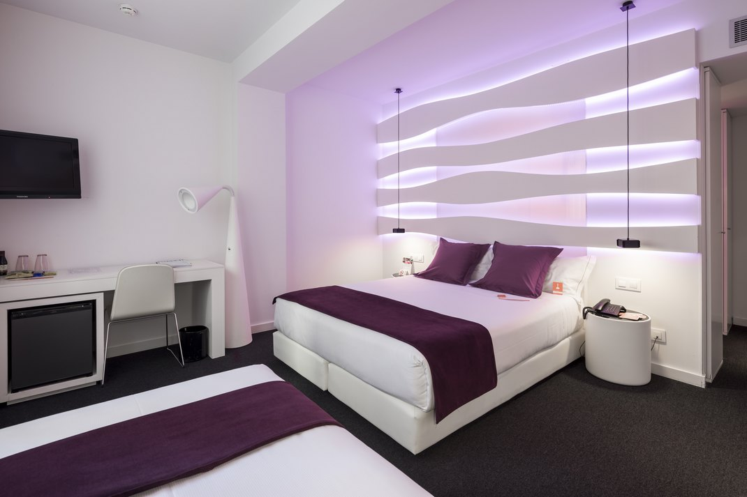 Un design moderne, comme ici à l'hôtel Emma de Barcelone (photo Room Mate Hotels)
