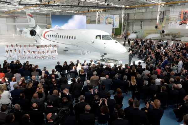 Le Falcon 5X, nouveau biréacteur de Dassault (photo Dassault Aviation - Ph.Stroppa)