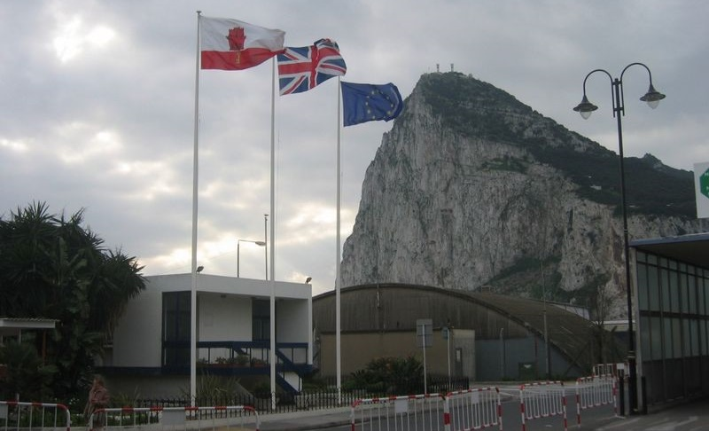 La frontière de Gibraltar risque de devenir plus difficile à franchir en cas de Brexit (photo DR)