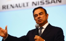 "Carlos Ghosn contre-attaque en accusant Nissan et Mitsubishi de ""rupture abusive"" de contrat"